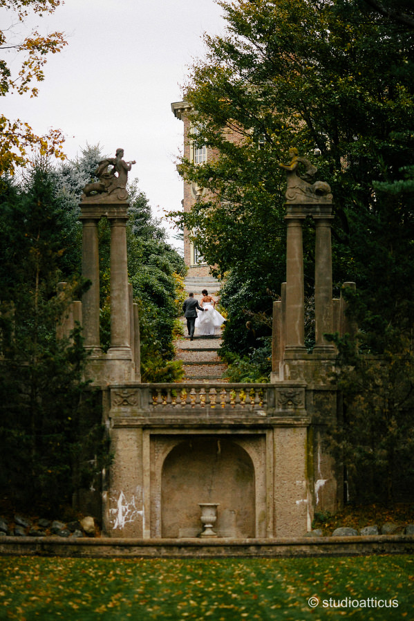 Portraits of a bride and groom at their Crane Estate wedding