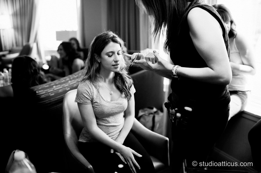 the bride prepares at the Royal Sonesta for her Museum of Science wedding
